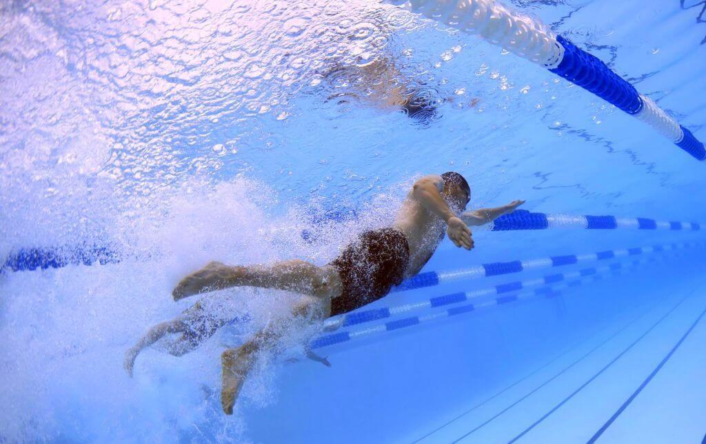 massaggio sportivo nuoto